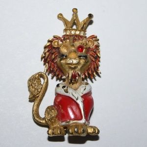 Vintage Lion JJ Brooch